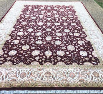 OUSHAK HAND KNOTTED WOOL RUG WITH SILK HIGHLIGHTS – 9.11 x 13.10